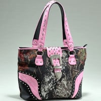 Mossy Oak Camo Studded Tote with Pink Accents