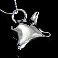 STERLING SILVER 925 HAWAIIAN SHINY MANTA RAY FISH CHARM PENDANT