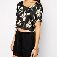 Fallen Star Crop Top In Satin Floral