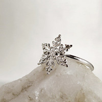 Snowflake ring, Sterling Silver, Winter jewelry, stackable