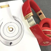 Hot Sale Fashion Beats Solo 3 Wireless Magic Sound Bluetooth Wireless Hands Headset MP3 Music Headphone With Microphone Line-in Socket TF Card Slot For Women Men Red I/A