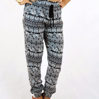 (amp) Southern paisley and floral jogger pants