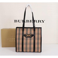 BURBERRY WOMEN'S Haymarket Check THE LINK HANDBAG TOTE BAG