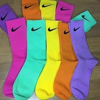 Nike JUST DO IT Women's Embroidered Hook Sports Socks Five-piece Set 1