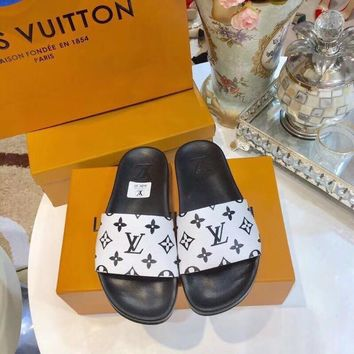 shosouvenir 【Louis Vuitton】LV men and women Cloth slippers