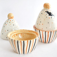 Ceramic Halloween Cupcake Box Decorated in Orange and Black with Little Bats