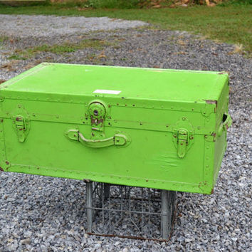 Vintage Metal and Fiber Trunk Lime Green Coffee Table Storage Photo Prop panchosporch