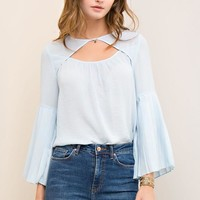 Solid Pleated Bell Sleeves Top