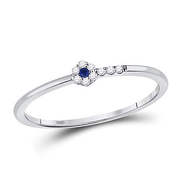 10kt White Gold Round Blue Sapphire Diamond Stackable Band Ring 1/12 Cttw