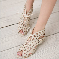 Big Size Cutout Lace Up Open Toe Low Wedges Beach Shoes