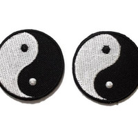 Set 2 pcs. Black & White Circle Yin Yang Sign New Sew / Iron On Patches Embroidered Applique Size 4.1cm.x4.1cm.