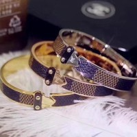 LV Woman Fashion Plated Bracelet