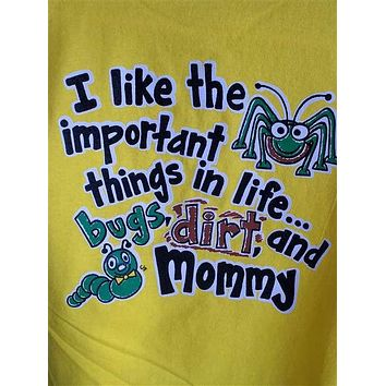 Southern Chaps Funny Important Things in Life Dirt & Mommy Boy Youth Kids Bright T Shirt