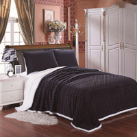 Cozy Living Ultra Soft Reversible Queen Blanket with Sherpa Lining - Black