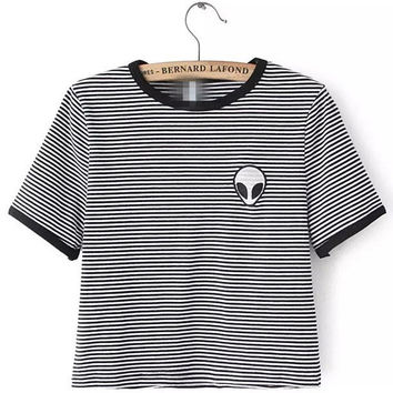 Black and White Striped Alien Pattern Print Short Sleeve Cropped T-shirt