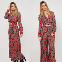 Vintage 70s PAISLEY Two Piece Set Red & Black Hippie CROP Top and BELL Bottoms Boho Flare Pantsuit Wrap Top Wide Leg Pants