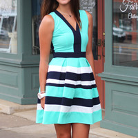 Worth It Color Block Dress {Mint}