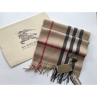 New with Tag 100% cashmere Burberry classic scarf 30 x 168 cm Camel Check