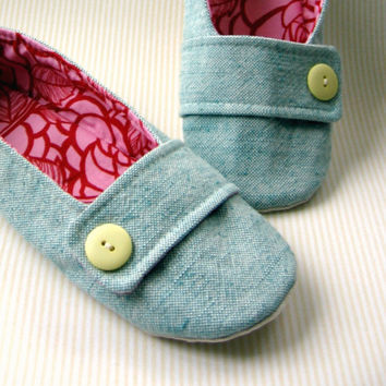 Women's Slippers  Aqua Pink and Red with Decorative by Molipop