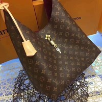 LV hand shoulder bag Model 43545