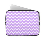 Purple and White Zigzag Stripes. Laptop Sleeve