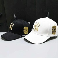 MLB street fashion embroidery letters men and women visor baseball cap