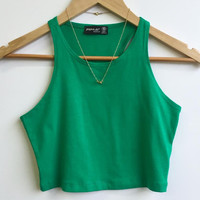 An Everyday Mid Crop in Green