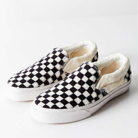 Vans Faux Sherpa Classic Slip-On Sneaker | Urban Outfitters