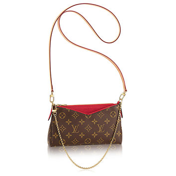 Products by Louis Vuitton: Pallas Clutch