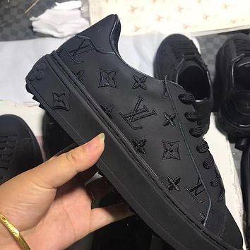 LV Louis Vuitton embroidered letters women's solid color flat sneakers shoes