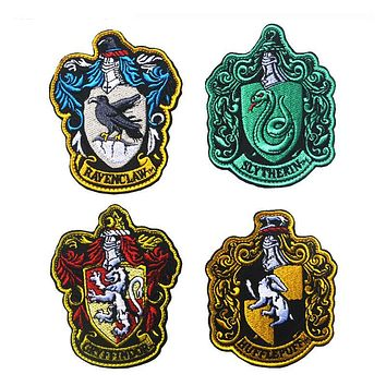 10*8CM Harry Potter House of Gryffindor Hogwarts Crest Patch Embroidered Patch Hook &Loop PATCH
