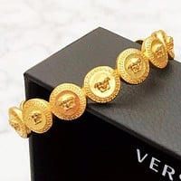 Alwayn Versace Fashion New More Human Head Opening Bracelet Women Accessory Golden