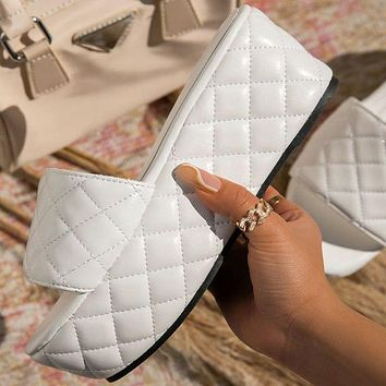 New women's solid color thick-soled diamond check large size women's shoes