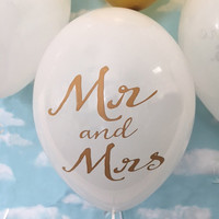 Mr and Mrs Balloons in Gold and White, 11 Inch Balloons for  Wedding Decor, Reception Balloons, Engagement Party Decor