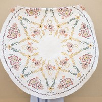 Round Linen Tablecloth Embroidered Floral. Vintage handmade flowers Circular Cloth.Homemade Nordic tablecloth. Beige Brown Vintage Linens