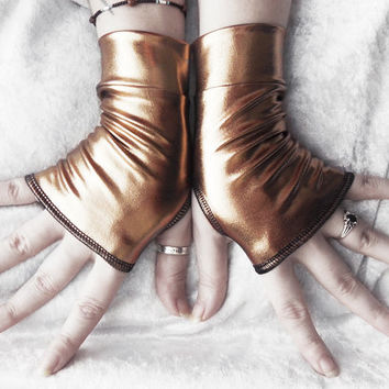 Trinket Wet Look Fingerless Gloves - Metallic Bronze - Steampunk Unisex Gothic Super Hero Cyber Visual Noir Rivet Head Burlesque Goth Shiny