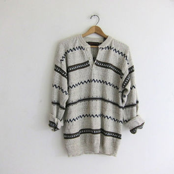 vintage slouchy sweater. oversized sweater. henley pullover shirt.