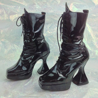90's London Underground Black Patent Goth Witch Ankle Boots // 7.5