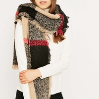 Camel and Red Boucle Check Scarf - Urban Outfitters