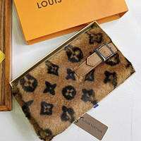 Louis Vuitton LV Women Fashion Velvet Warm Scarf Scarves