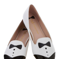 Dash of Dapper Flat in White | Mod Retro Vintage Flats | ModCloth.com