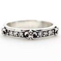 925 Sterling silver Antique Knight Escutcheon Pattern Ring detailed with CZ