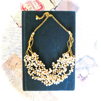 Pearl Wedding Necklace in Gold, Vintage Style