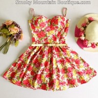 Sharon Floral Retro Bustier Dress with Adjustable Straps - Size S/M - Smoky Mountain Boutique