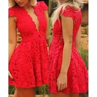 Sexy Plunging Neck Short Sleeve Solid Color Lace Women's Dress