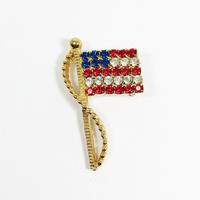 RAFAELIAN Rhinestone American Flag Pin Red White Blue Rhinestones Patriotic Brooch for 4th of July Memorial Day Unisex Gift for Military