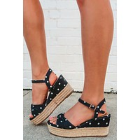Follow The Dots Wedges: Black/White