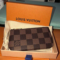 LV Louis Vuitton Classic Vintage Checkerboard Old Flower Key Case