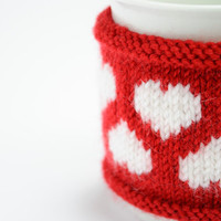 Valentine's day Cup Cozy in Red with Hearts, Knitted Mug Cozy, Coffee Cozy, Handmade Wooden Button, Coffee Cozy Sleeve, Warmer, Winter, Gift