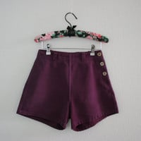 Vintage 60s high waist side button shorts Plum with floral buttons - nautical pin up short shorts